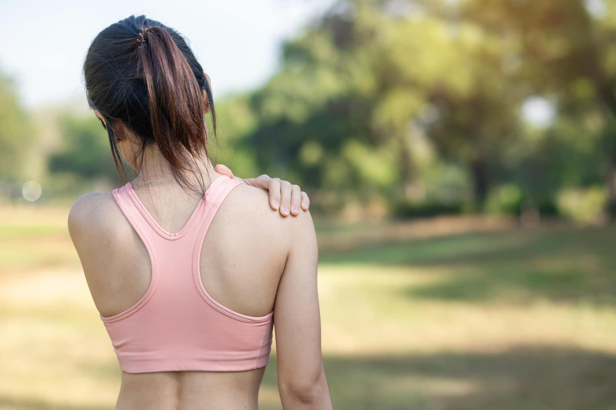 Top 10 Übungen bei Schulterschmerzen gegen Schmerzen und Verspannungen in der Schulter