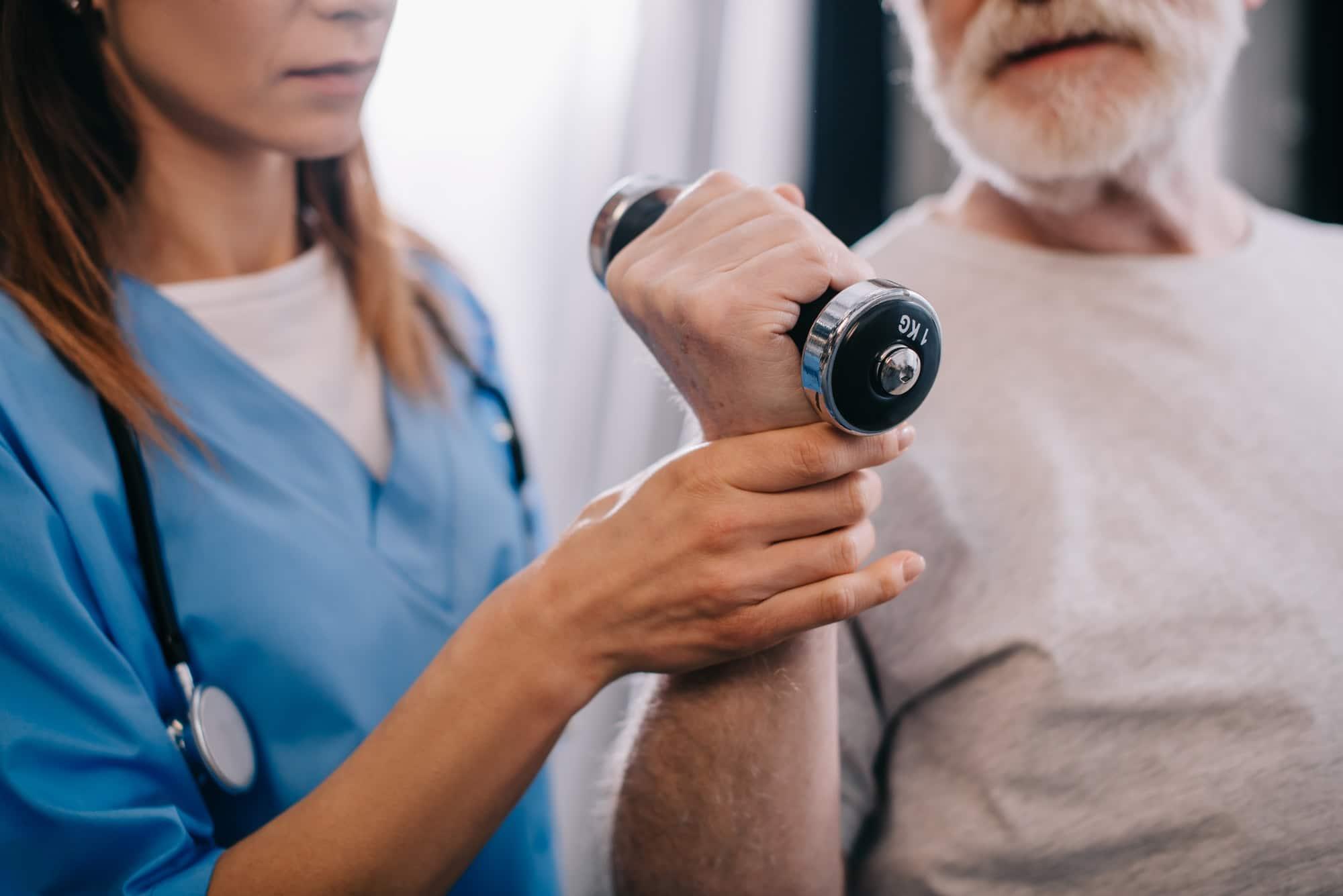 Was ist eigentlich der Unterschied zwischen Physiotherapie und Krankengymnastik?