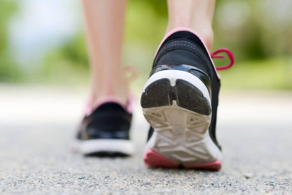 Ein guter Laufschuh hilft Knieprobleme zu verhindern